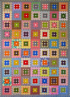 Stepping Stones - english paper pieced using octagons and squares 77 inches x 57 inches Paper Piecing Patterns, Quilt Patterns, Snowball Quilts, Applique, 9 Patch Quilt, Quilt Sizes, English Paper Piecing, Hexagon Shape, Love Sewing