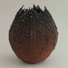 *Copper Wire Vessel by Lee Sipe Sisal, Ceramic Pottery, Ceramic Art, Contemporary Baskets, Keramik Vase, Terracota, Gourd Art, Fibres, Wire Art