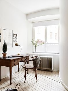 Oracle, Fox, Sunday, Sanctuary, Detail, Oriented, Black, and, white, Scandinavian, Interior, desk, Minimalism