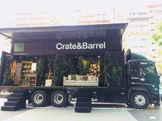 Food Truck Design Interior Mobiles Pop Up 46 Super Ideas Mobile Boutique, Mobile Shop, Mobile Fashion Truck, Best Food Trucks, Food Truck Business, Truck Tailgate, Food Trailer, Gypsy Trailer, Truck Paint