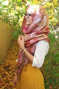 Red-yellow pashmina scarf