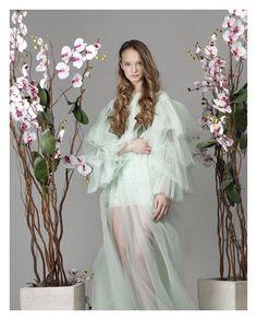 "Pure beauty 🌸🌸🌸 SS/17 ""Inside your soul""🌿 ______________________ Ph: @annagolbach  Md: @asivanova2212  Mua: @olgabop  #fashiondress #dlorem #russiandesigner"