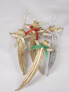 Okra Angel Christmas Ornament Natural Okra Pod Made in the Christmas Angels, Christmas Art, All Things Christmas, Christmas Holidays, Christmas Ideas, Christmas Projects, Handmade Christmas, Angel Ornaments, Handmade Ornaments