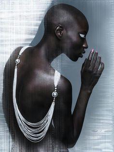 Model : Nala Diagouraga Photograph : Michael Mann