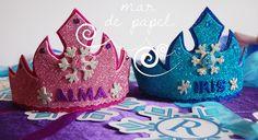 MAR DE PAPEL: El cumple 4 de Alma e Iris: Frozen Frozen 6, Frozen Summer, Frozen Themed Birthday Party, Frozen Party, Birthday Parties, Anna Und Elsa, Diy Birthday Decorations, Party Items, Diy For Kids