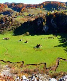 Fundatura Ponorului,Muntii Sureanu,Romania
