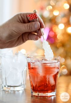 A Collection of Holiday Cocktails: Cherry Vodka Sparkler Cocktail ideas for the holiday season. Party Drinks, Cocktail Drinks, Fun Drinks, Yummy Drinks, Yummy Food, Tasty, Cocktail Ideas, Cocktail Recipes, Cocktail