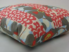 Easy idea for quilt block pillow cover.