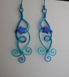 Blue star wire earrings...would make awesome pendant
