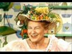 Minnie Pearl - Kissing Games and More