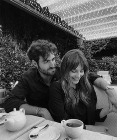 Cute Couples Photos, Cute Couple Pictures, Cute Couples Goals, Couples In Love, Couple Photos, Sweet Couples, Classy Couple, Love Couple, Couple Goals