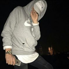 shawty been hurt so much but no one knows because everyday she puts a smile upon her face to hide the pain - - - Fotos Tumblr Boy, Tumblr Boys, Cute White Boys, Pretty Boys, Tmblr Girl, Boy Fashion, Mens Fashion, Bad Boy Aesthetic, Tomboy Outfits