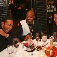 @ludacris: If only people knew how hilarious @jermainedupri really is.