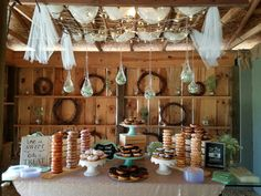 Did you say donut bar??? Can we get some of Hendersonville, NC's famous Apple Cider Donuts??!!  Pic taken at the Cabin Ridge Apple Cider Donuts, Donut Bar, Table Settings, Place Settings, Table Arrangements, Desk Layout