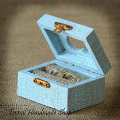Rustic Wooden Wedding Ring Box in Blue Color, Ring Bearer , Vintage style