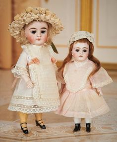 German All-Bisque Doll with Unusual Painted Yellow Stockings and Swivel Head 900/1200 Auctions Online | Proxibid