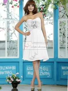 $135.41 Ruched A-line Chiffon Sweetheart Knee-length White Bridesmaid Dresses #chiffon #bridesmaid #dresses