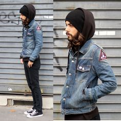 H&M Denim Jacket, H&M Black Hoodie, Cheap Monday Black Denim, Converse Black Chucks, Relic Patch & Pins Converse Style, Outfits With Converse, Casual Outfits, Converse Chuck, Grunge Outfits, Denim Jacket Patches, Denim Jacket Men, Denim Jackets, Patched Denim