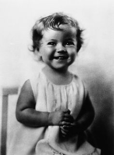"""A rare candid shot of child star/Hollywood legend """"Shirley Temple"""" at age 2, circa 1930!"""