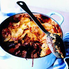 Lancashire Hotpot-my favorite English comfort food! Lamb Dishes, Tasty Dishes, Lamb Recipes, Cooking Recipes, Savoury Recipes, Cooking Ideas, Beef Hotpot, Lancashire Hot Pot, Traditional English Food