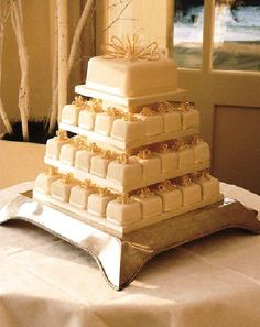 square cupcake wedding cake 1000 images about wedding things on plus size 20361