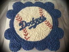 Pullout cupcake cake for the Dodger fan!!
