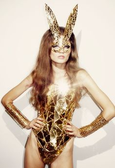 gold | cat woman | mirror suit | golden | sparkle and shine | www.republicofyou.com.au