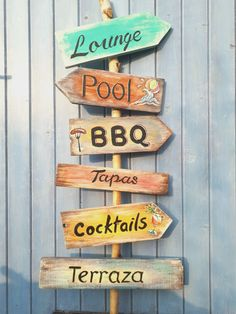 Ibiza style home garden sign - Modern Zelt Camping, Wedding Food Menu, Ski Wedding, Key West Beaches, Ibiza Party, Pallet Patio Furniture, Outside Patio, Directional Signs, Backyard Paradise