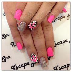Chevron nails for teens 2014 nails cute nails, chevron nails Pretty Nail Designs, Pretty Nail Art, Cute Nail Art, Acrylic Nail Designs, Nail Art Designs, Nails Design, Chevron Nails, Aztec Nails, Anchor Nails