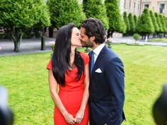 MYROYALS&HOLLYWOOD FASHİON:  Engagement of Prince Carl Philip and Sofia Helqvist, June 27, 2014.  A kiss from the couple who will marry in summer 2015.