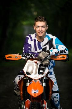 Nick | A Midland, MI Senior Photo Session on a dirt bike! | Collier Studios