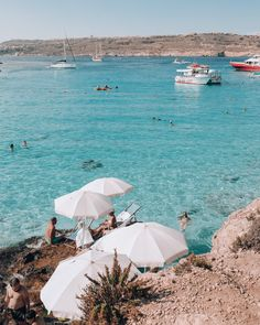 Malta is one of the most beautiful islands in the Mediterranean. With plenty of things to do, here's a guide on how to spend 6 days in Malta. Vacation Places, Places To Travel, Places To Visit, Malta Vacation, Vacations, Travel Destinations, Malta Travel Guide, Malta Beaches, Malta Island