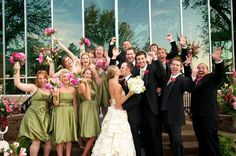Great wedding party pic
