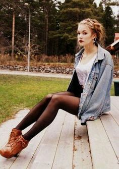 Grunge, Hipster, Indie Fashion Love this combo for fall!! It would look adorable with a earth green scarf!!