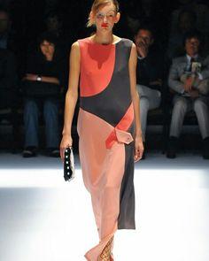 Hiroko Koshino - Tokio Fashion Week #ConGuantesySombrero  #fashion #designers #runaway #instagood #collections #style