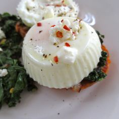 Poached Egg in Silicone Cupcake Mold | Frugal Nutrition