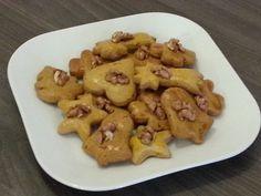 Výborné mäkké medovníčky - Recept pre každého kuchára, množstvo receptov pre pečenie a varenie. Recepty pre chutný život. Slovenské jedlá a medzinárodná kuchyňa Potatoes, Cookies, Vegetables, Desserts, Food, Basket, Biscuits, Meal, Potato