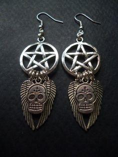 Pentagram and Skull earrings by BleedingHD on Etsy