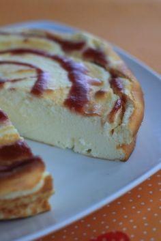 """J'aime les gâteaux au fromage blanc et je les adore quand, en plus, ils font """"pffffff"""" quand on plonge une cuillère dedans, comme dans celui-ci ou celui-là. La version d'aujourd'hui est encore plus facile ET plus légère : du fromage blanc 0%, pas de gras,..."""