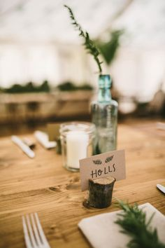 Rustic/earthy place card holders | Photo by Sam Docker