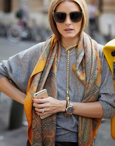 The use of that necklace and the scarf! And again with the choice of sunglasses!!