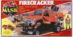 Otra excelente camioneta de M.A.S.K. pero sufrió uso rudo y no sobrevivió bien el paso de los años. perdió una llanta de las normales y perdió la llanta de repuesto y la moto.