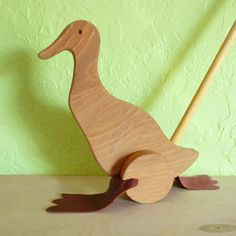 Flappy Duck Push Along Toy — Jupiter's Child #WoodworkingProjects #woodworkingforkids