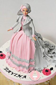 princess doll cake how i write name on cake Eid Cake, Bolo Barbie, Doll Birthday Cake, Girly Cakes, Pink Cakes, Dress Cake, Disney Cakes, Cake Tutorial, Cake Art