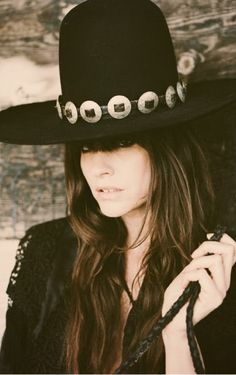 Channel your inner Jimi Hendrix 60's retro vibe. This hat is an instant classic. Dress it up with a silver concho hatband