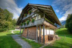 Chalet Suisse by dim1337, via Flickr