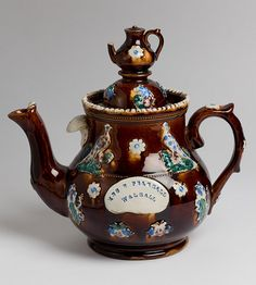 *Measham ware 'bargee art' teapot <3r