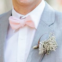 Pastel pink bow tie | Holden Bespoke | Luxury London Wedding Planner