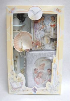 Product Description : Baptism Gift Set includes Remembrance Book, Candle, Scapular, Rosary, Shell & Photo Album. Book is in English. Boxed.