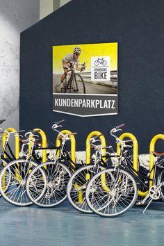 Beschildere dein Firmengelände nach deinen Vorstellungen. Bike, Outdoor, Advertising, Bicycle Kick, Outdoors, Trial Bike, Bicycle, Outdoor Games, Outdoor Living